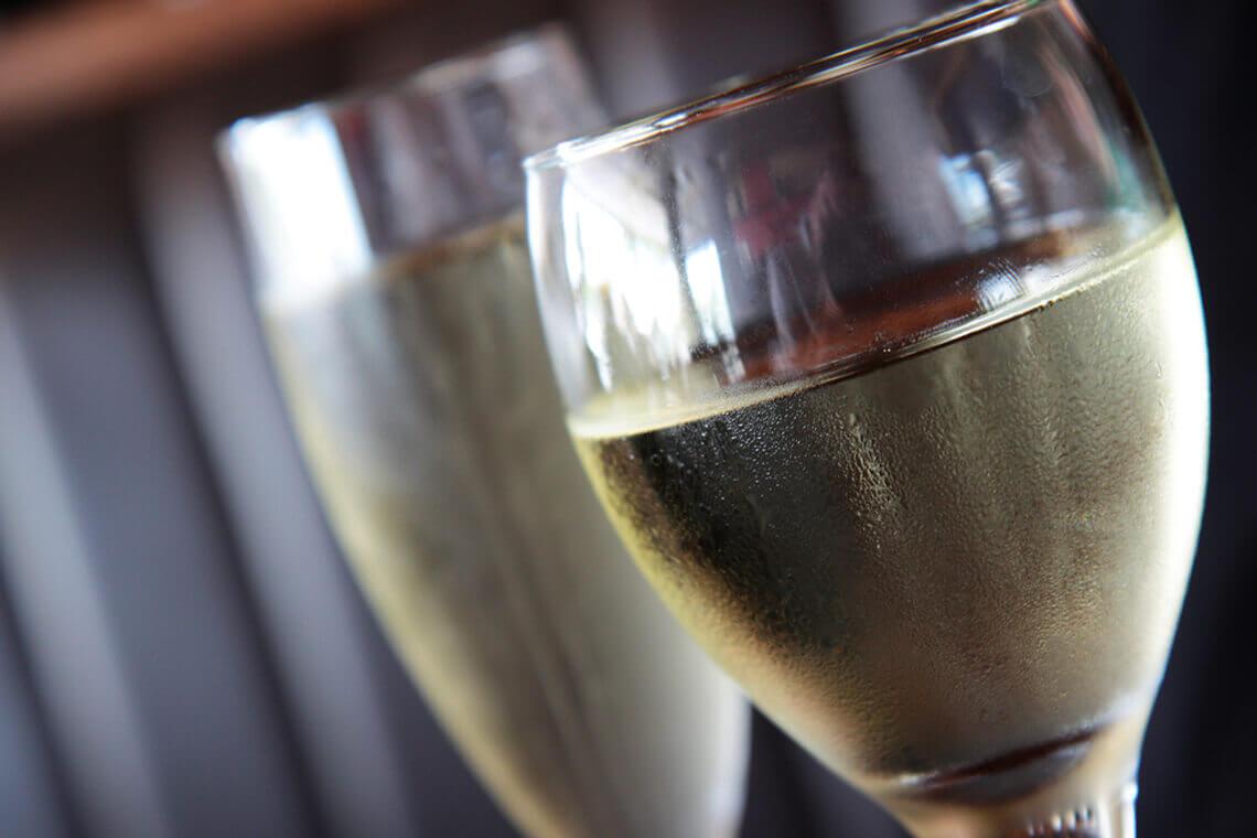 Sip & Read | White wine
